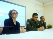 """Peacekeepers are one family"", servicemen tell the pupils"