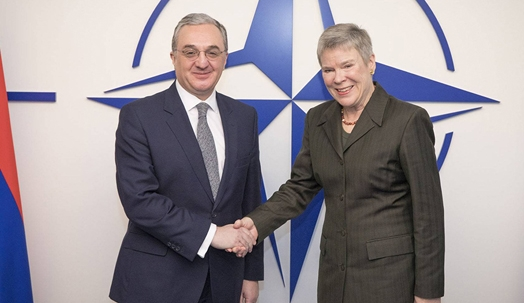 Mnatsakanyan and Gottemoeller discuss NK conflict